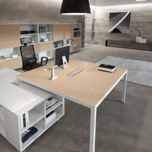 descrizione scrivania direzionale ufficio