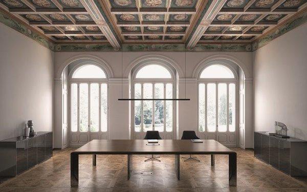 tavolo riunioni scrivania meeting