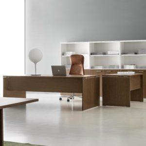 scrivania direzionale in legno economica