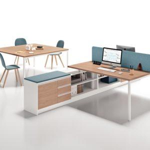 scrivania in legno per ufficio