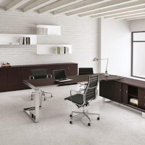scrivania direzionale piano in vetro e in legno