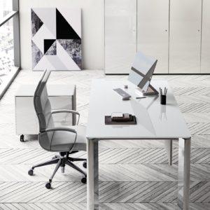 scrivania direzionale piano in vetro