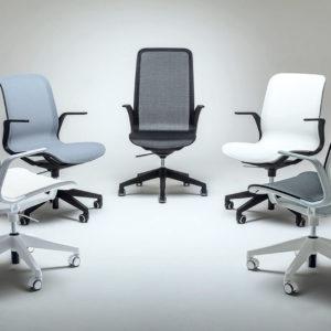 poltrona ergonomica con schienale in rete e seduta in rete per ufficio e casa