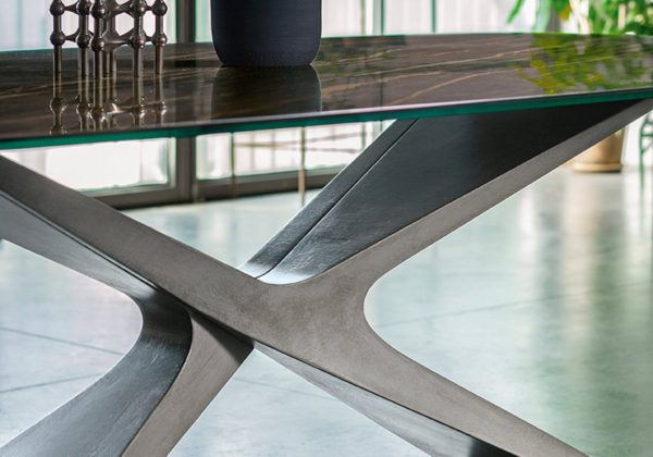 tavolo NEXUS con piano in cristalceramica